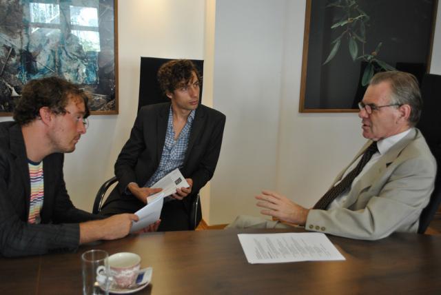 Dutch Postcode Lottery Charity Ambassadors Rikus and Sijmen meet the Dutch Ambassador to Bulgaria Karel van Kesteren (Photo: Martien Lankester|