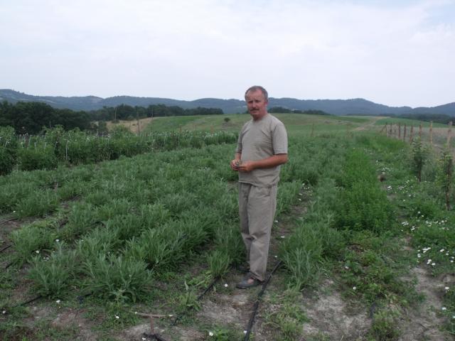 Krasimir Arabadzhiev, the owner of the demo farm in Topolovo.